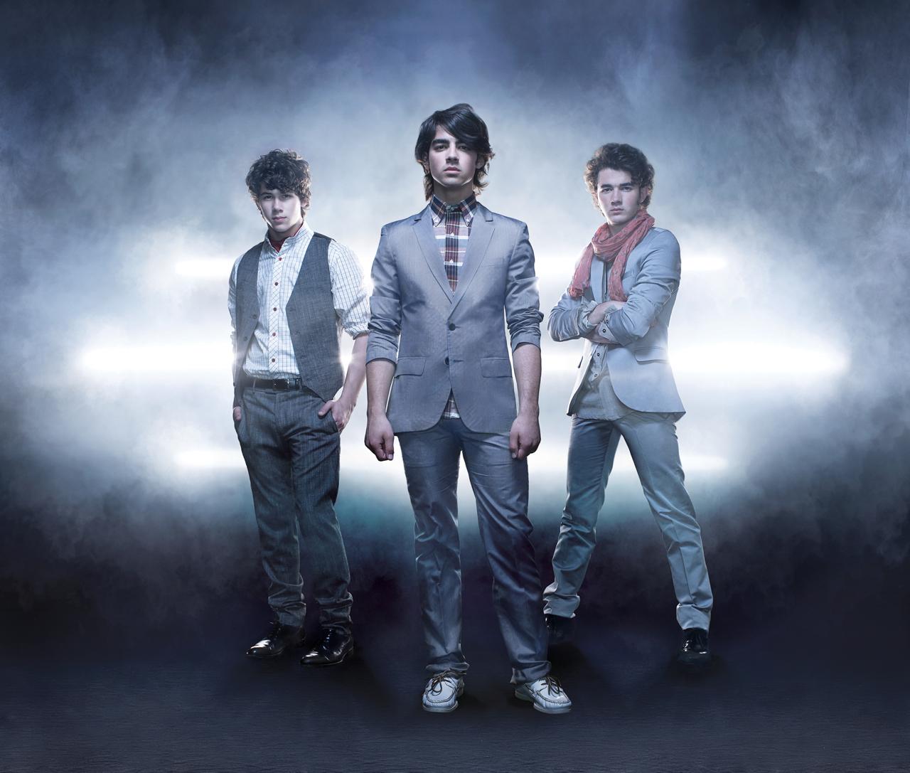 jonas-brothers-49533