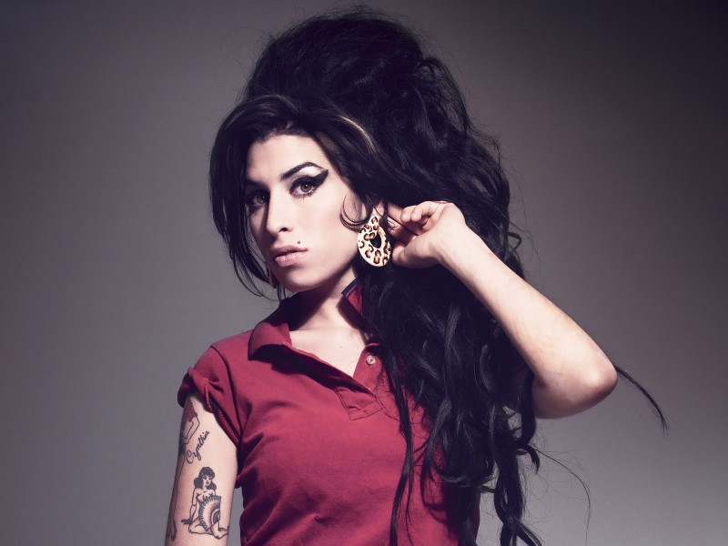 Amy_Winehouse-800x600